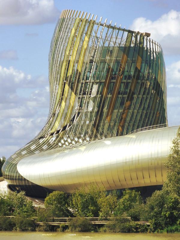 L'or de la Cité du Vin Bordeaux - blog Bar à Voyages