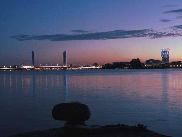 Pont et Cité du Vin Bordeaux - blog Bar à Voyages
