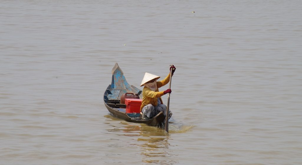 Bateau traditionnel Lac Tonlé Sap Cambodge